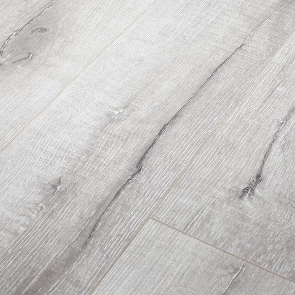 Silver Oak 8253-19 12mm Longboard Laminate | Tanoa Flooring